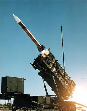 292px-Patriot_missile_launch_b
